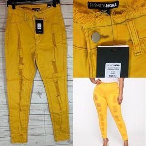 Fashion Nova size 13 Mustard yellow jeans NWT